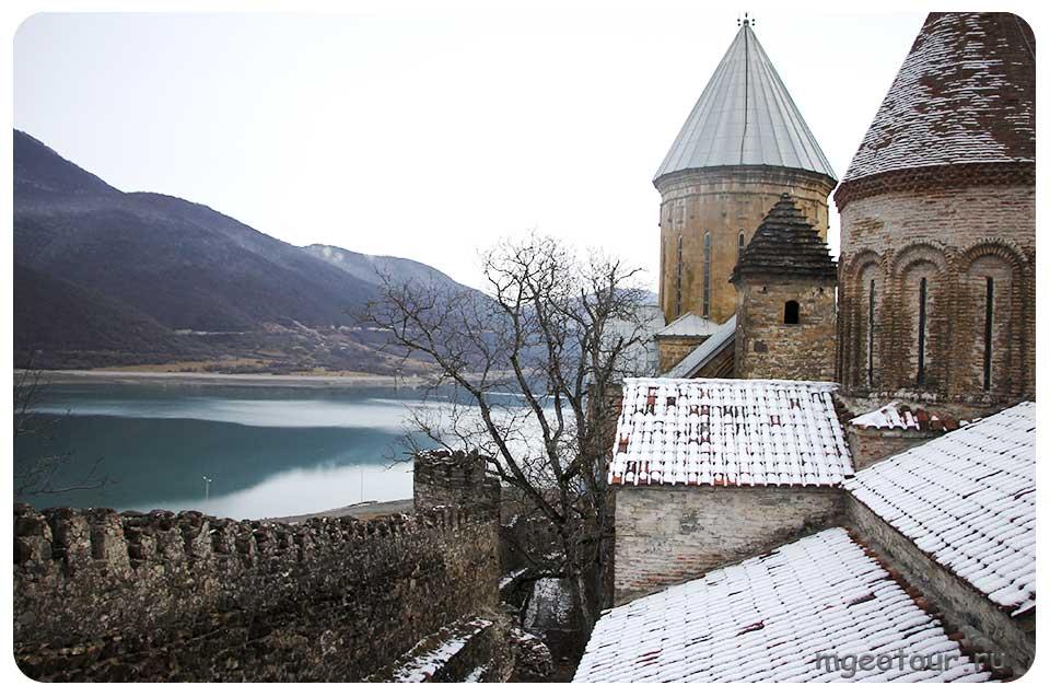 Грузия зимой фото.